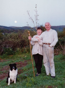 Bill and Jackie with their dog Hegsy at Ceann Cuin