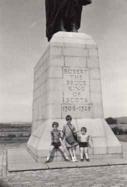 Sandy, Lorna and Georgia, Bill's family